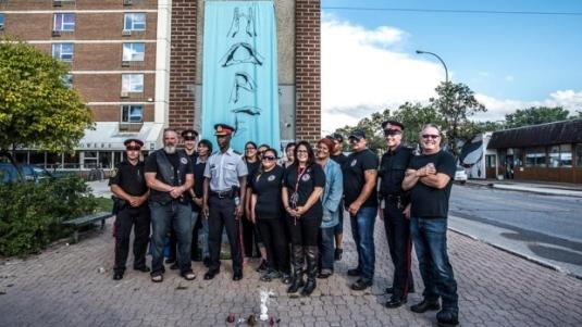 Winnipeg bear-clan cops